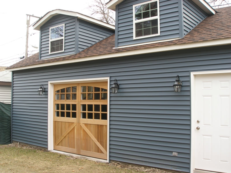 Custom garage in Park Ridge