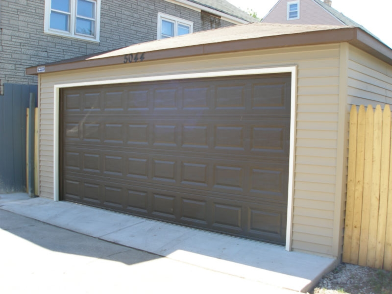 Garage construction in Oak Lawn