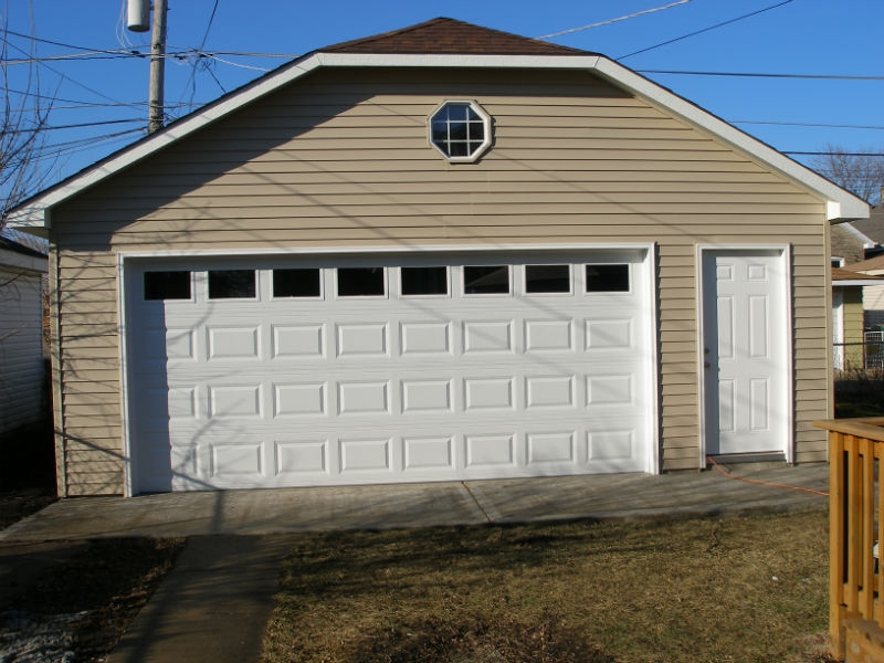 Concrete garage builders in Chicago